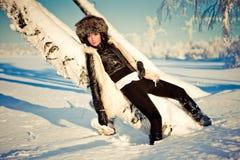 Femme dans la neige Photographie stock libre de droits