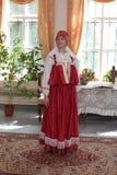 Femme dans la rétro robe Images libres de droits