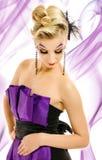 Femme dans la robe à la mode Photos libres de droits