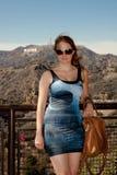 Femme dans la robe d'étoile de la mort Images libres de droits