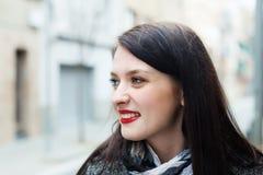 Femme dans la rue d'automne Photo libre de droits