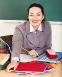 Femme dans la salle de classe. image stock