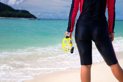 Femme dans la suite de plongée Photographie stock libre de droits