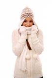 Femme dans le vêtement chaud de l'hiver Images stock