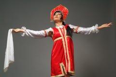 Femme dans un kokoshnik Images libres de droits