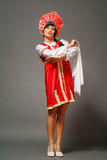 Femme dans un kokoshnik image stock