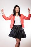 Femme de beauté dans la veste rouge photographie stock libre de droits