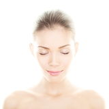 Femme de beauté - portrait parfait de soins de la peau Photos stock