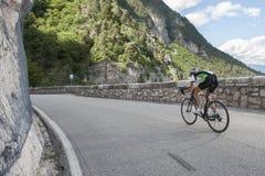 Femme de bicyclette de Raod Images libres de droits