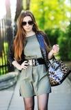 Femme de brunette de mode Image libre de droits