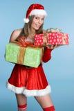 Femme de cadeaux de Noël Photos libres de droits