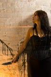 femme de couteau de fixation de goth Images libres de droits