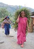 Femme de deux Gorkhas Image libre de droits