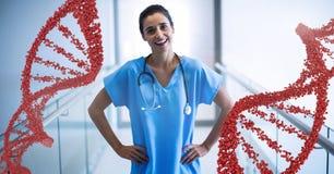 Femme de docteur se tenant avec des brins d'ADN 3D Image libre de droits