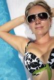 femme de exposition au soleil Photographie stock