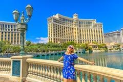 Femme de fontaines de Las Vegas image libre de droits