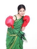 femme de gants de boxe Photo stock
