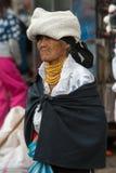 Femme de l'ethnie de Métis dans Otavalo, Equateur Image stock