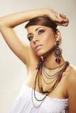 Femme de mode avec le bijou Image stock