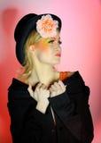 femme de mode avec le renivellement créateur d'oeil photos libres de droits