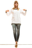 Femme de mode dans le T-shirt blanc vide Photo libre de droits
