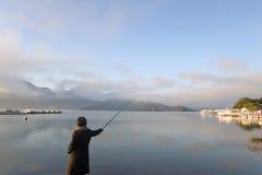 Femme de pêche Photos libres de droits