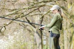 Femme de pêche Images stock