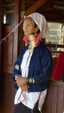 Femme de Padaung de Kayar, Myanmar photographie stock libre de droits