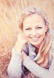 Femme de sourire photographie stock libre de droits