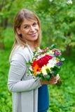 Femme de sourire dans l'amour Photos stock