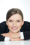 Femme de sourire intelligente d'affaires, verticale de plan rapproché sur le fond blanc Images libres de droits