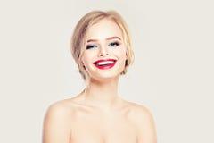 Femme de sourire Peau saine, sourire mignon Images stock