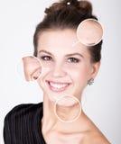Femme de station thermale de beauté avec la peau fraîche parfaite Concept de soins de la peau de la jeunesse Peau avant et après  images libres de droits