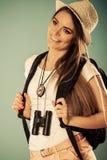Femme de touristes en portrait de chapeau d'été Photographie stock libre de droits
