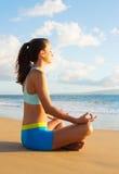 Femme de yoga Images libres de droits