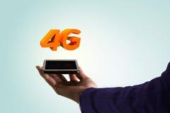 femme des affaires 4G avec le mobile à disposition Image libre de droits