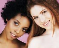 Femme différente de nation : Asiatique, afro-américain, toget caucasien Photos stock