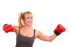Femme drôle mûr avec des gants de boxe Photo stock