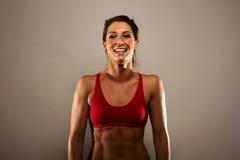 Femme en bonne santé de forme physique Photo stock