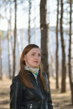 Femme en parc Images libres de droits