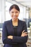 Femme en tant que femme d'affaires pleine d'assurance photographie stock