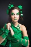 Femme en vert. Photographie stock libre de droits