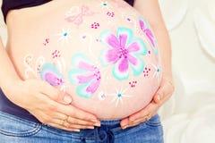 Femme enceinte de grand ventre nu photos libres de droits