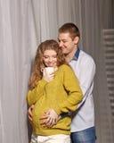 Femme enceinte et mari Photographie stock