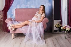 Femme enceinte heureuse Photographie stock