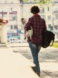 Femme et chien Photos libres de droits