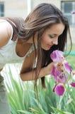 Femme et fleurs Images libres de droits