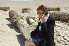 Femme et ordinateur portatif Image stock