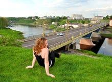 Femme et rivière Photo libre de droits
