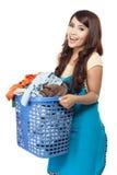 Femme faisant la blanchisserie photographie stock